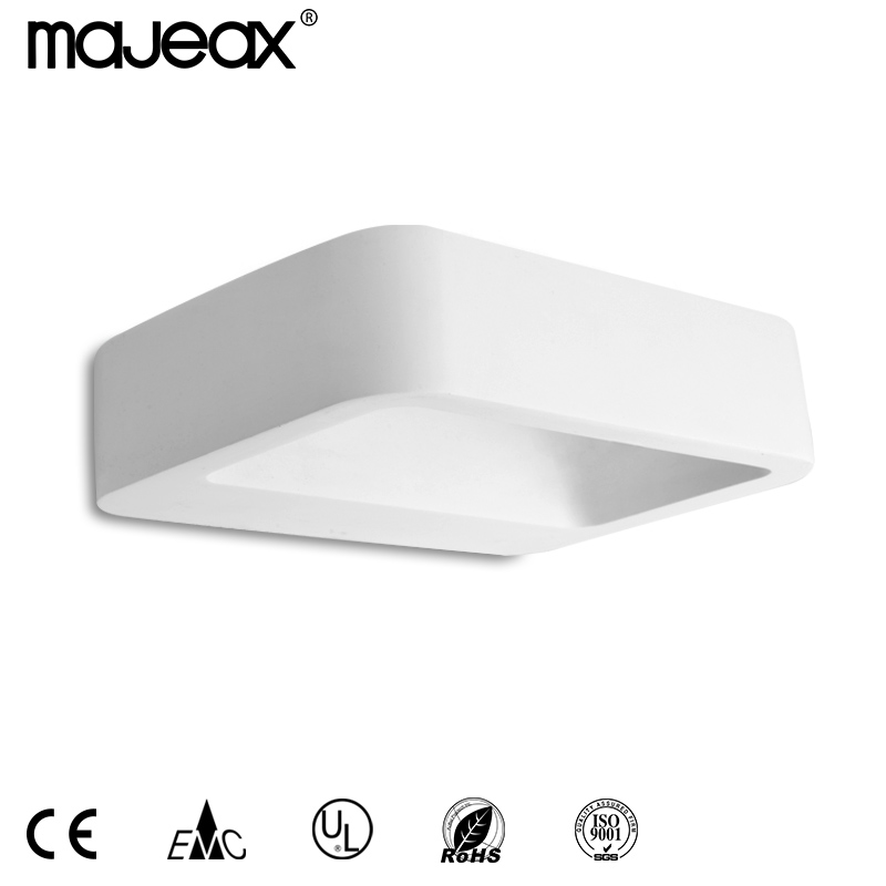 Modern wall lamp MW-8439