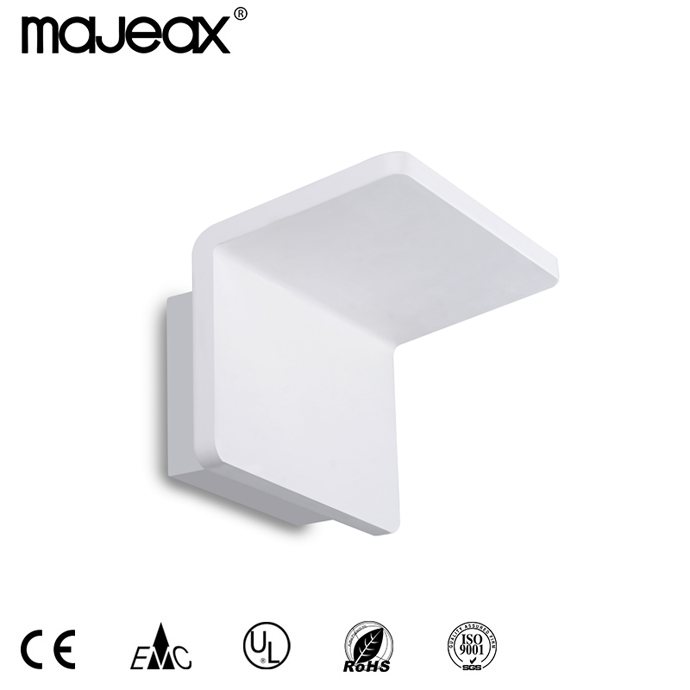 Surface Mounted Wall lamp MW-8521