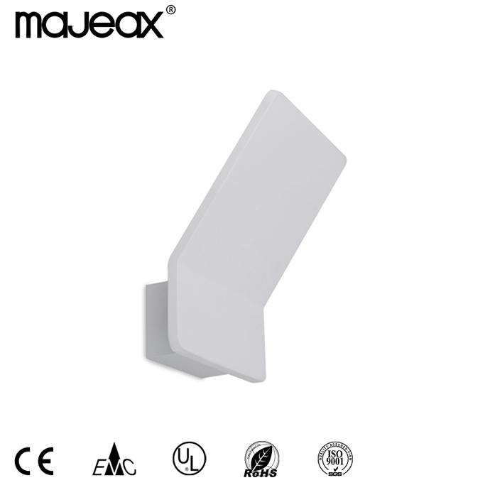 Surface Mounted Wall lamp MW-8523